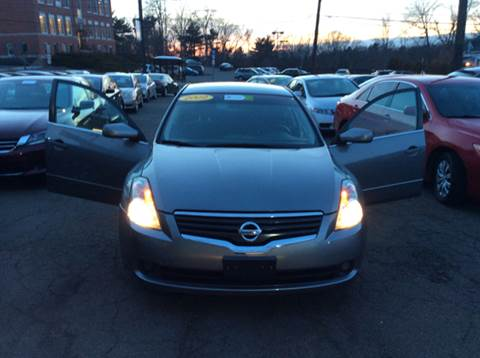 2009 Nissan Altima for sale in Manchester, CT