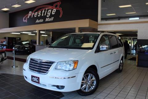 2008 Chrysler Town and Country for sale in Cuyahoga Falls, OH