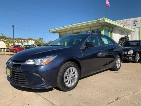 2017 Toyota Camry for sale at Super Trooper Motors in Madison WI