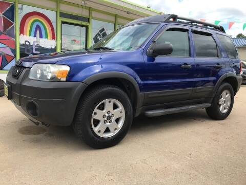 2005 Ford Escape for sale at Super Trooper Motors in Madison WI