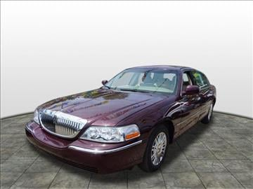 2007 Lincoln Town Car for sale at Tyme Auto Sales in Plymouth MI