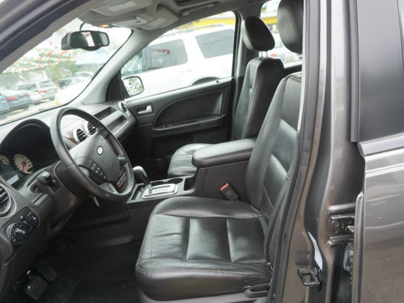 2005 Ford Freestyle for sale at Tyme Auto Sales in Plymouth MI