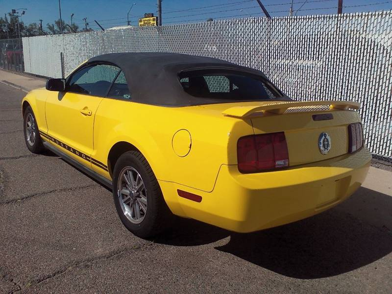 2005 Ford Mustang Deluxe 2dr Convertible - Phoenix AZ