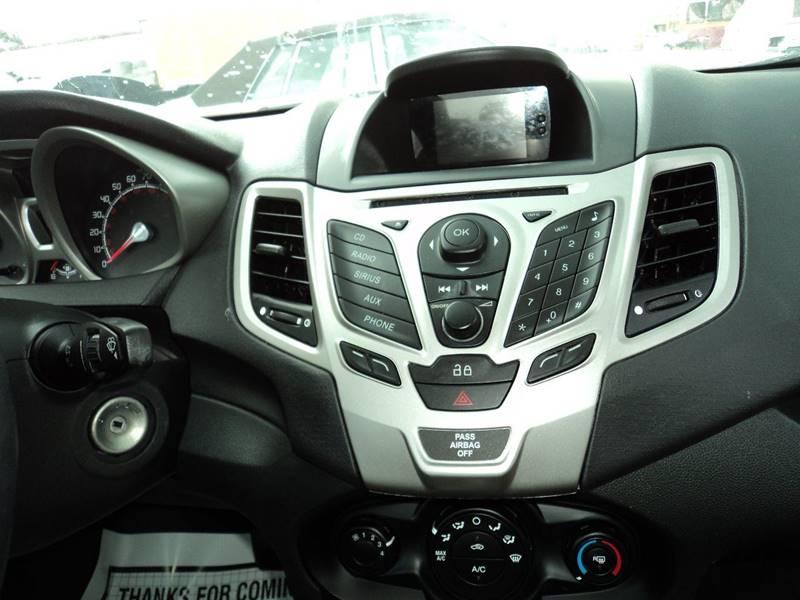 2013 Ford Fiesta SE 4dr Sedan - Slidell LA
