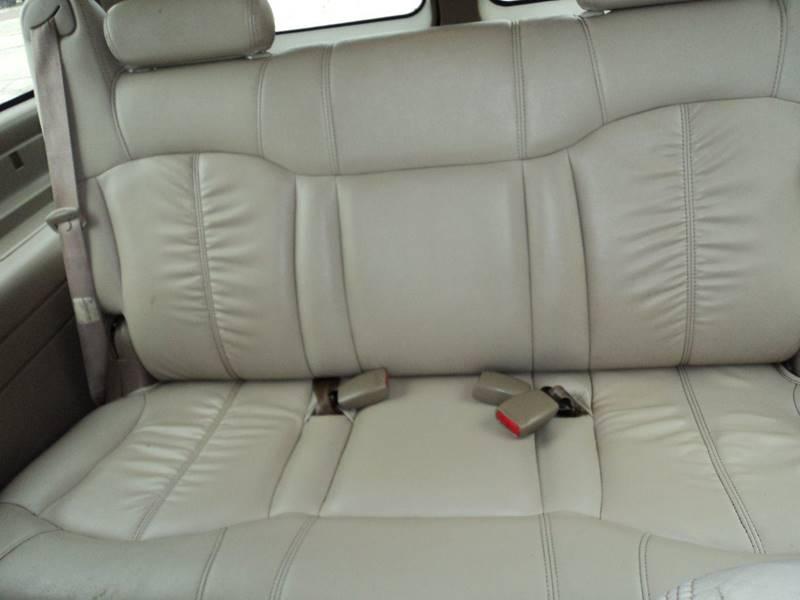 2001 Chevrolet Suburban 1500 LT 2WD 4dr SUV - Slidell LA