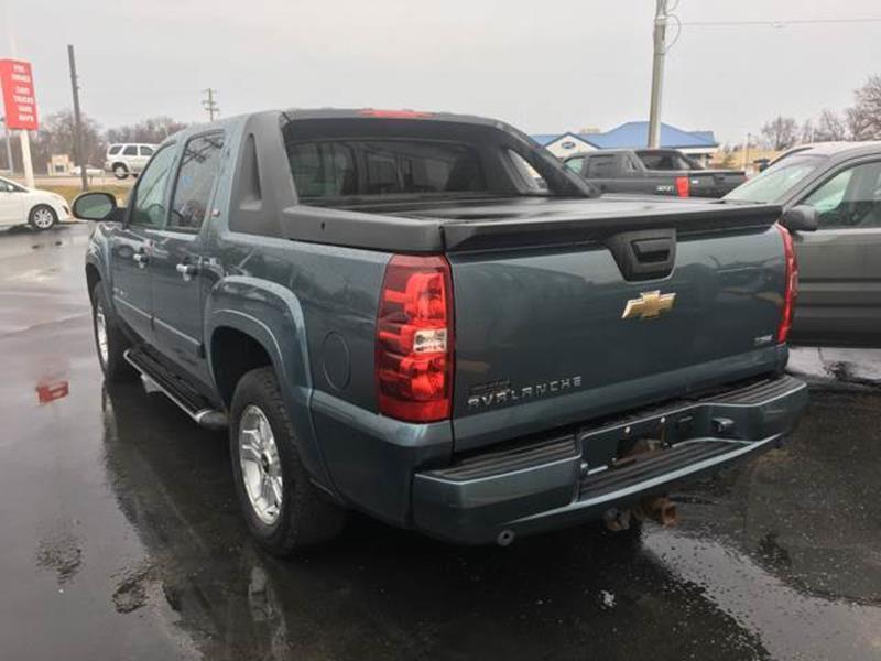 Kennedi Auto Sales >> 2008 Chevrolet Avalanche 4x4 LTZ 4dr Crew Cab SB In ...