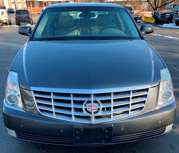 2011 Cadillac Dts Luxury Collection 4dr Sedan In Cahokia