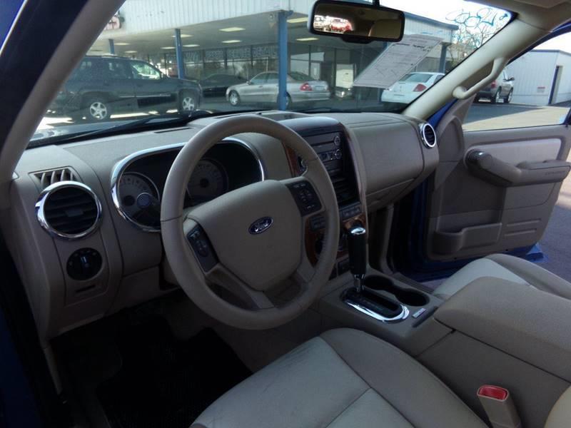 Kennedi Auto Sales >> 2009 Ford Explorer 4x4 Eddie Bauer 4dr SUV (V6) In Cahokia ...