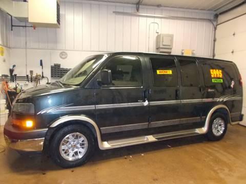 2003 GMC Savana Passenger For Sale In Milwaukee WI