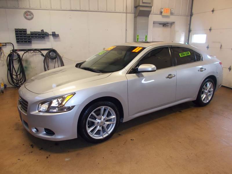 2011 Nissan Maxima 35 S 4dr Sedan In Milwaukee Wi Super Service