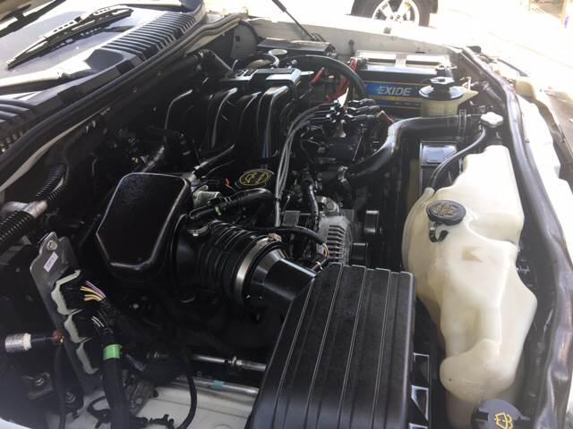 2006 Ford Explorer XLT 4dr SUV 4WD w/V6 - Livingston CA