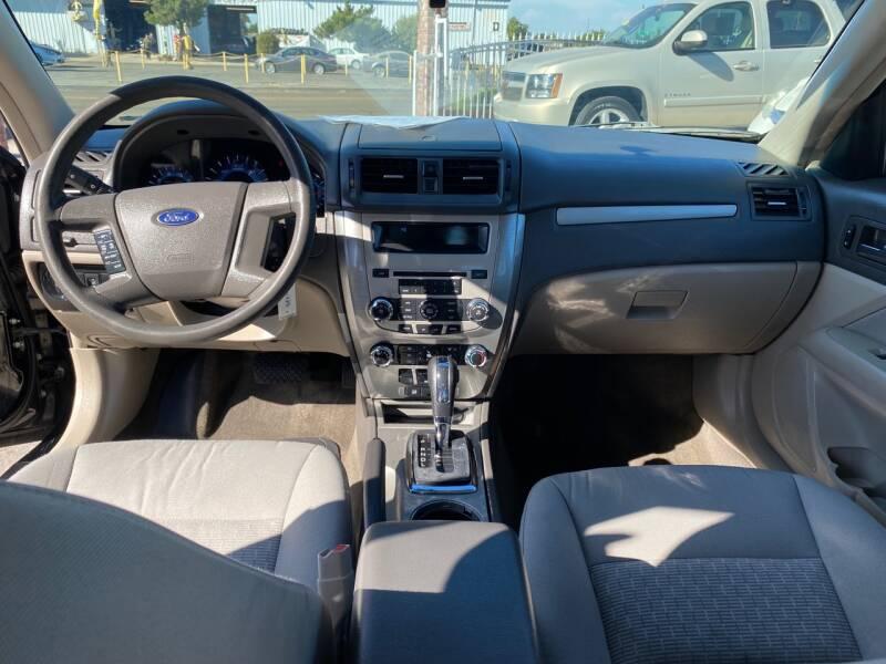 2012 Ford Fusion S 4dr Sedan - Livingston CA