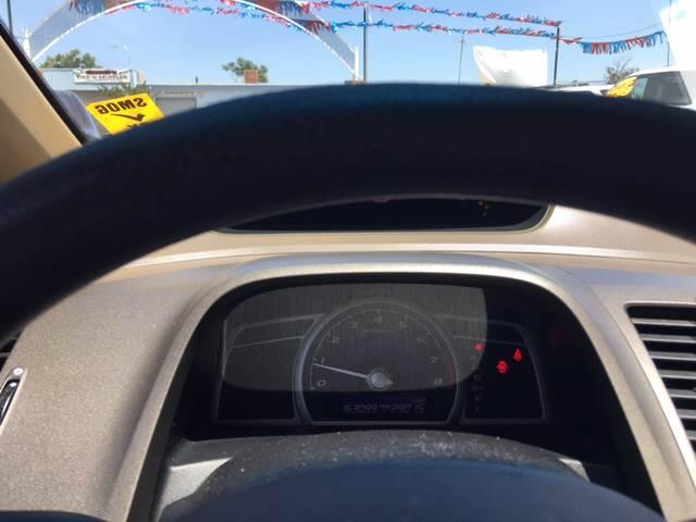 2006 Honda Civic LX 4dr Sedan w/automatic - Livingston CA