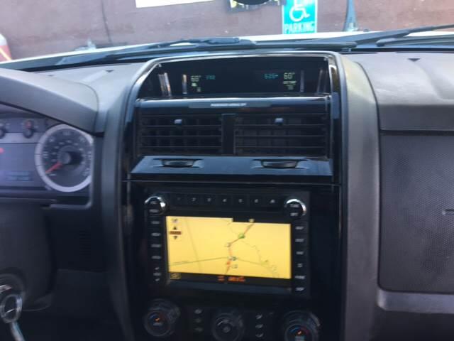 2009 Ford Escape Limited 4dr SUV V6 - Livingston CA