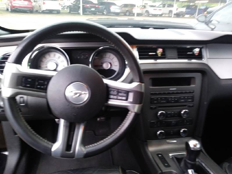 2010 Ford Mustang GT 2dr Coupe - Pittsburg TX