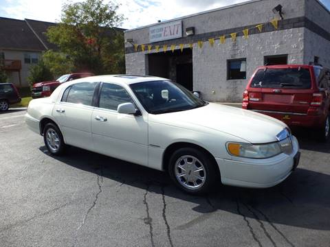 1998 Lincoln Town Car for sale in Elizabethtown, PA
