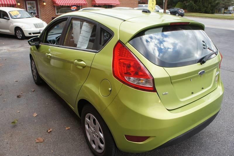 2011 Ford Fiesta SE 4dr Hatchback - York PA