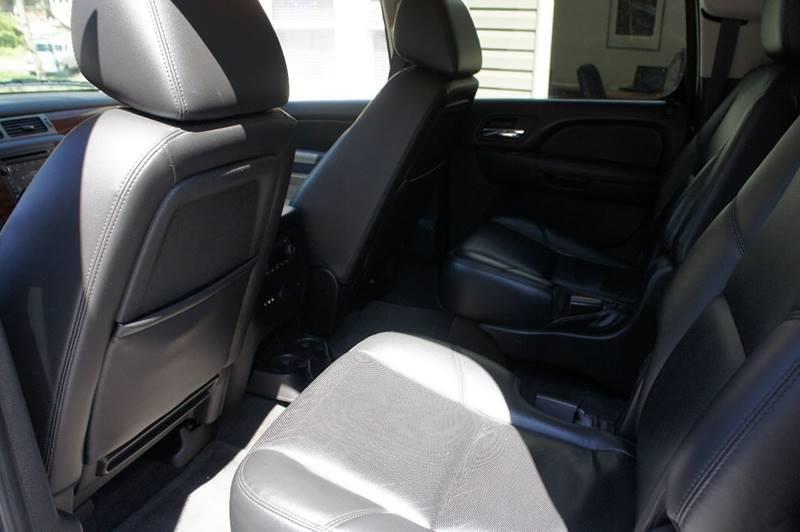 2011 Chevrolet Suburban 4x4 LTZ 1500 4dr SUV - York PA