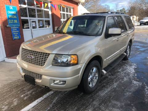 2005 Ford Expedition for sale at Barga Motors in Tewksbury MA