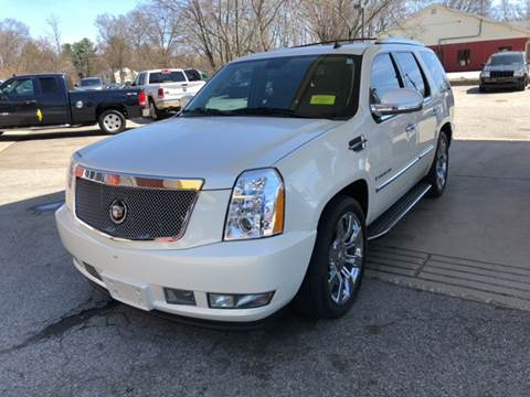 2009 Cadillac Escalade for sale at Barga Motors in Tewksbury MA