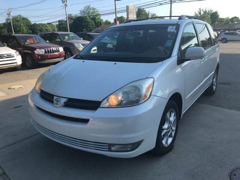 2005 Toyota Sienna for sale at Barga Motors in Tewksbury MA