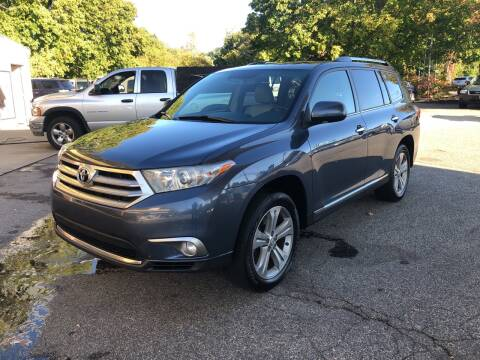 2013 Toyota Highlander for sale at Barga Motors in Tewksbury MA