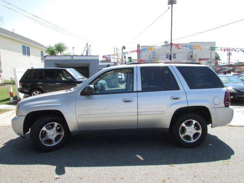 2008 Chevrolet TrailBlazer 4x2 LS Fleet2 4dr SUV - Linden NJ