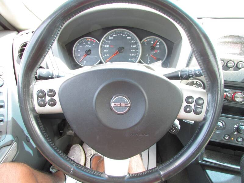 2004 Pontiac Grand Prix GT2 4dr Sedan - Linden NJ