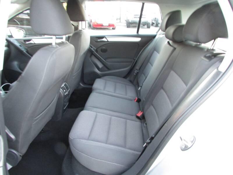 2013 Volkswagen Golf 2.5L PZEV 4dr Hatchback 6A w/ Convenience - Linden NJ