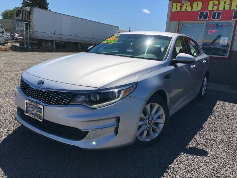 2016 Kia Optima for sale at Yaktown Motors in Union Gap WA