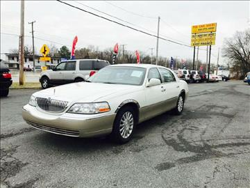 2005 Lincoln Town Car for sale in Rosedale, MD