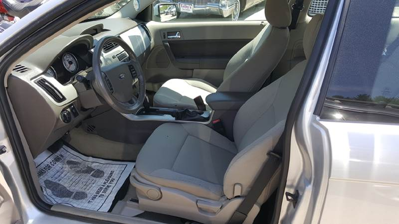 2010 Ford Focus SES 2dr Coupe - Sanbornville NH