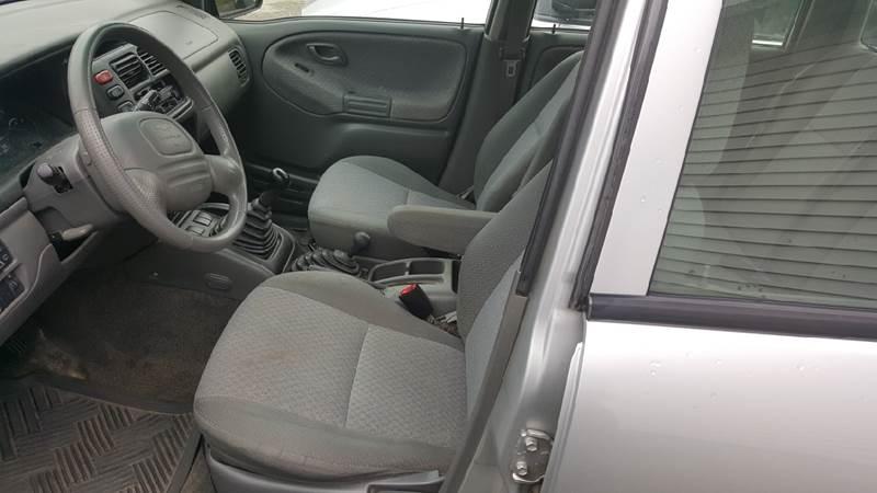 2002 Chevrolet Tracker 4WD 4dr SUV - Sanbornville NH