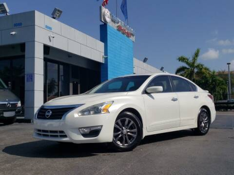 2015 Nissan Altima for sale at Tech Auto Sales in Hialeah FL