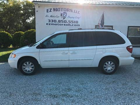 2007 Chrysler Town and Country for sale in Deerfield, OH
