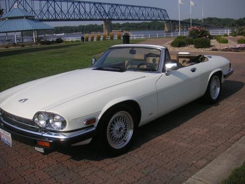 xjs jaguar xj carfax serviced mi supersport gasoline collectible type convertible