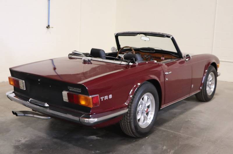1972 Triumph TR6 with overdrive --: 1972 Triumph TR6 with overdrive  0 Maroon Convertible I6 2.5L Manual 6-Speed