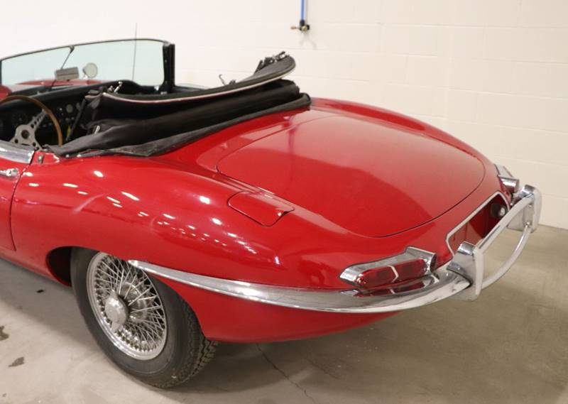 1964 Jaguar E-Type --: 1964 Jaguar E-Type  0 Red Convertible I6 3.8L Manual 4-Speed
