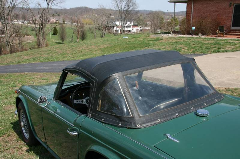 1965 Triumph TR4A wire wheels and red line Michelins: 1965 Triumph TR4A wire wheels and red line Michelins 80000 Miles Green Convertib
