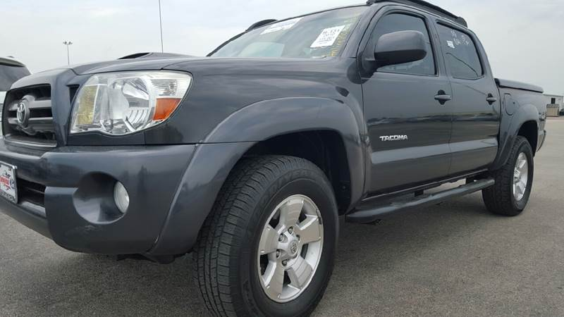 2010 toyota tacoma 4x2 prerunner v6 4dr double cab 5 0 ft sb 5a in houston tx y tradeautos. Black Bedroom Furniture Sets. Home Design Ideas