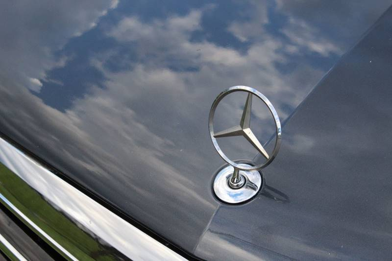 2011 Mercedes-Benz E-Class AWD E 550 Sport 4MATIC 4dr Sedan - Addison IL