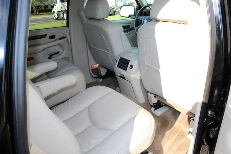 2005 Cadillac Escalade AWD 4dr SUV - Addison IL