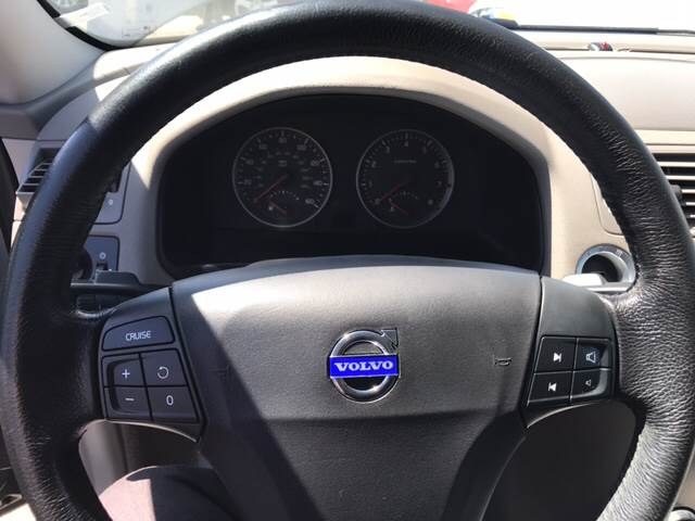 2004 Volvo S40 4dr T5 Turbo Sedan (2004 5) In Spring Valley CA