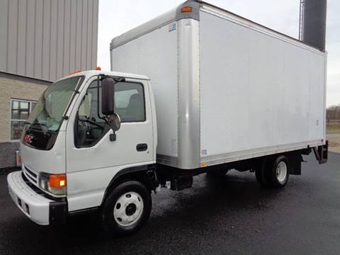 2005 GMC W4500 for sale in Chester, PA