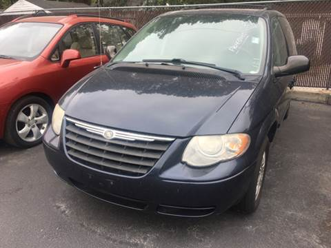 2007 Chrysler Town and Country for sale in Freeburg, IL