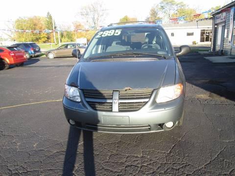 2005 Dodge Grand Caravan for sale in Adrian, MI
