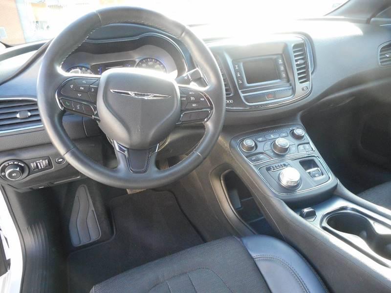 2015 Chrysler 200 S 4dr Sedan - Milford NE