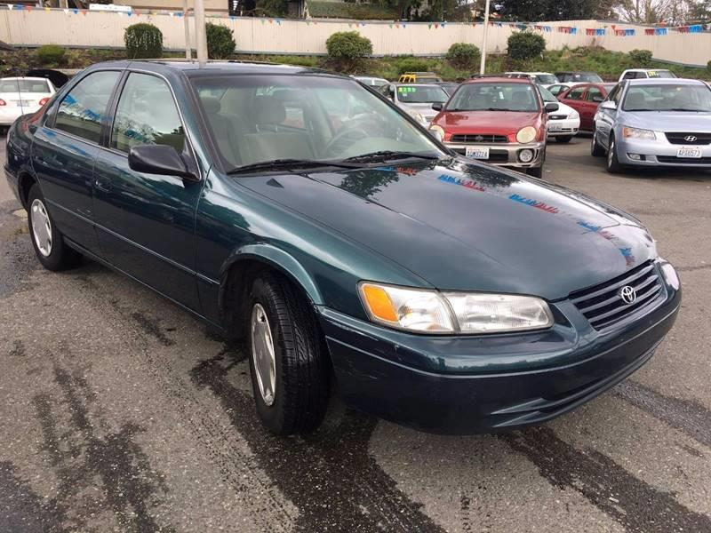 1998 Toyota Camry Ce 4dr Sedan In Everett Wa Quality