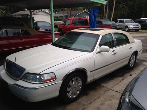 2004 Lincoln Town Car for sale in Port Orange, FL