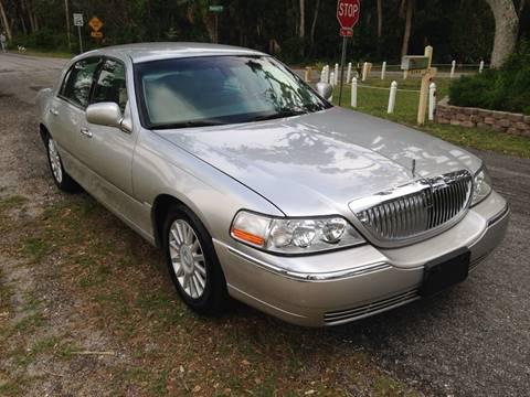 2003 Lincoln Town Car 58,900 Miles